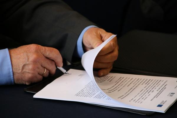 Centrum Projektowania i Syntezy nowych leków antynowotworowych - trzecia umowa w Działaniu 4.2 podpisana