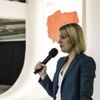 Pani Agata Zielińska - kierowniczka Działu Wdrażania Projetkó Inwestycyjnych POIR opowiedziała o zasadach obowiązujących w Konkursie nr 2 w działaniu 4.2 POIR